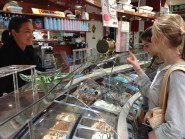 Buying ice cream - Couling