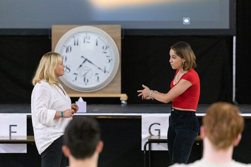 Cranleigh-Ivy-House-Award-Event-Live-Coaching-from-Elke-Edwards-9687_107915