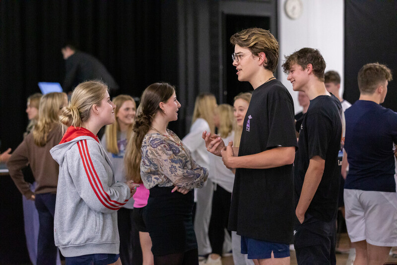 Cranleigh-Ivy-House-Award-Event-Live-Coaching-from-Elke-Edwards-9741_107926